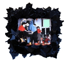Knochenboogie 2012, Papier, Vinyl, Holz 27 x 28 x 2 cm